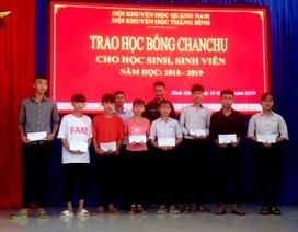 80 suất học bổng đến với học sinh con em nạn nhân bão Chan Chu