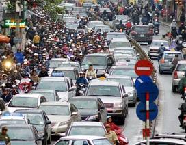 """Vì sao ô tô Việt """"dẫm chân"""" ở trình độ lắp ráp, giá cao?"""