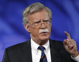 """Mỹ tuyên bố trừng phạt Venezuela để """"cảnh báo"""" Nga"""