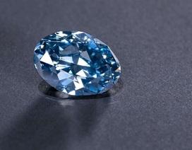 """Ra mắt viên kim cương xanh """"đẹp không tì vết"""""""