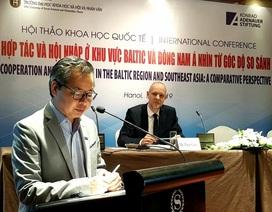 Các giáo sư nước ngoài đến Việt Nam bàn luận về đảm bảo an ninh phát triển khu vực ASEAN