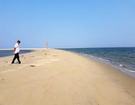 """Đảo nổi kỳ lạ giữa biển Hội An đang tiếp tục """"nở"""" ra"""