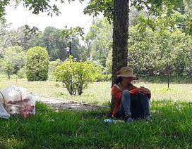 Người dân Huế chống chọi với nắng nóng trên 40 độ C