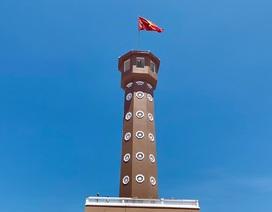 Cột cờ Hà Nội ở Mũi Cà Mau đang dần hoàn thiện