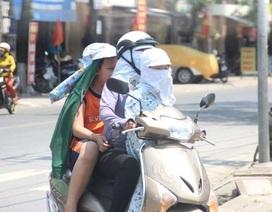 """Người dân """"xứ gió Lào"""" vã mồ hôi lao động giữa nắng nóng rát mặt!"""
