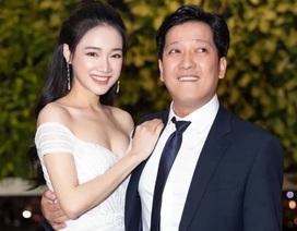 Nhã Phương xuất hiện cùng ông xã Trường Giang sau đám cưới