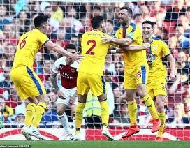 Arsenal 2-3 Crystal Palace: Cú sốc lớn tại Emirates