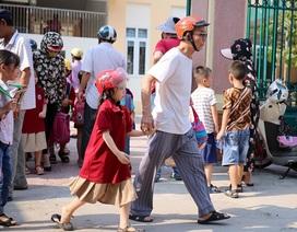 Nghệ An: Trường thay đổi lịch học, phụ huynh nháo nhào chuyện đón con