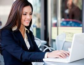 """Vì sao xu hướng mua bảo hiểm sức khỏe trực tuyến """"lên ngôi""""?"""