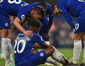 Hòa thất vọng, Chelsea còn hứng chịu tổn thất nặng nề