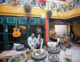 Độc đáo quán cà phê được làm từ... phế liệu ở Hà Nội
