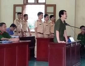 Dùng đá ném vỡ kính xe CSGT, người đàn ông bị xử phạt 2 năm tù