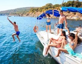 Anh: Nhân viên tàu du lịch tiết lộ chuyện quan hệ với khách để tăng thu nhập
