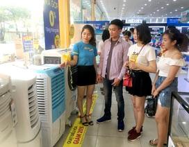 Cửa hàng, siêu thị điện máy vừa mừng vừa lo khi nắng nóng tới