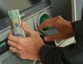 Tài khoản bất ngờ có 5 tỷ đồng: Chàng trai Sài Gòn rút 1 tỷ tiêu xài