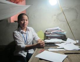Cô học trò nghèo đạt giải Nhất môn Giáo dục công dân kỳ thi HSG tỉnh Nghệ An