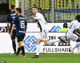 C.Ronaldo sắm vai người hùng, Juventus hòa may mắn Inter
