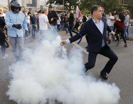 Lãnh đạo đối lập Venezuela tuyên bố đảo chính