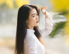 """""""Hot girl che nắng"""" đẹp tinh khôi trong tà áo dài trắng"""