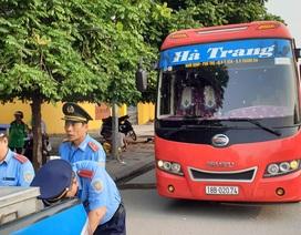 Hà Nội: Bắt xe khách 29 chỗ nhồi… 73 người