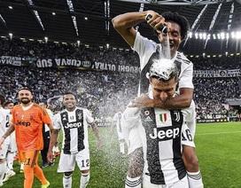 Cận cảnh cuộc sống hạnh phúc với vợ đẹp, con thơ của C.Ronaldo