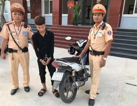 Tổ CSGT bắt đối tượng táo tợn trộm xe máy giữa ban ngày