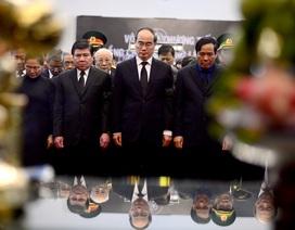 Đông đảo lãnh đạo, nhân dân miền Nam đến tiễn đưa nguyên Chủ tịch nước Lê Đức Anh