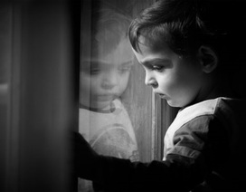 Bệnh tự kỷ có thể được chẩn đoán sớm từ 14 tháng
