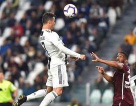 C.Ronaldo lại sắm vai người hùng giúp Juventus thoát thua
