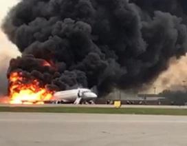Nghi vấn sai lầm của phi công khiến máy bay Nga cháy rụi, 41 người thiệt mạng