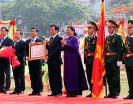 Tỉnh Điện Biên đón nhận Huân chương độc lập hạng Nhất