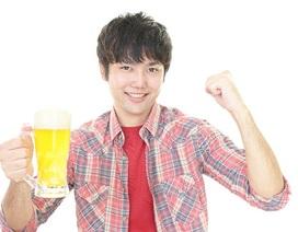 Cách xử trí rối loạn tiêu hóa do uống rượu bia của người Nhật
