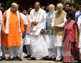Phó Tổng thống Ấn Độ thăm Việt Nam và dự Đại lễ Vesak