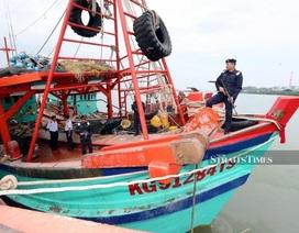 Malaysia bắt 2 tàu cùng 29 ngư dân Việt Nam