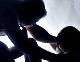Đề nghị đổi tội danh vụ cha dượng xâm hại tình dục con gái 11 tuổi