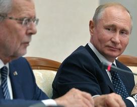 Ông Putin thể hiện khả năng nói tiếng Đức với Tổng thống Áo