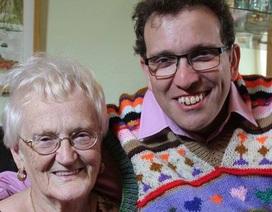 Chuyện tình lãng mạn như trong phim của cặp đôi chồng 44, vợ 83 tuổi