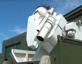 """Tổng thống Putin: Vũ khí laser mới của Nga """"khủng"""" như khoa học viễn tưởng"""