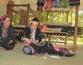 Quảng Trị: Đồng bào Vân Kiều, Pa Kô khôi phục nghề dệt thổ cẩm truyền thống