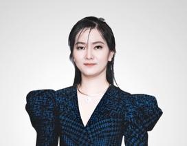 Doanh nhân Thái Thiên Hồng Đào, Tổng giám đốc kiêm Nhà đồng hành sáng lập tập đoàn địa ốc DCB, là một người phụ nữ 8X, tài giỏi