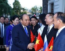 """Thủ tướng: """"Mỗi người Việt ở Nga phải là đại lý tiêu thụ hàng Việt"""""""