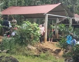 Thai phụ cùng con gái tử vong thương tâm dưới hồ nước
