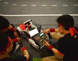 Sinh viên các trường đại học hàng đầu ráo riết chuẩn bị cho cuộc đua khốc liệt trên đường đua số