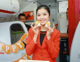 """Hãng hàng không đầu tiên ở Việt Nam nhảy """"trình diễn"""" an toàn bay trên không"""