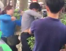 """Hà Nội: Người phụ nữ tố bị """"yêu râu xanh"""" sờ ngực trên xe buýt"""
