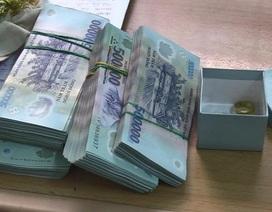 Người giúp việc trộm hơn gần 300 triệu đồng của chủ