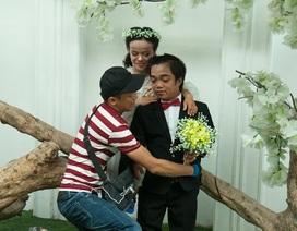 Ảnh cưới trao yêu thương