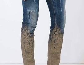 """Chiếc quần bẩn như dính bùn, lội ruộng hét giá 16 triệu đồng vẫn """"cháy hàng"""""""