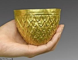 Chiêm ngưỡng chiếc bát vàng có giá hơn một tỷ đồng