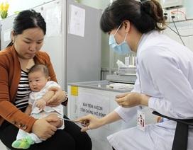 Sau tiêm vắc xin ComBE Five 5,7% trẻ có phản ứng